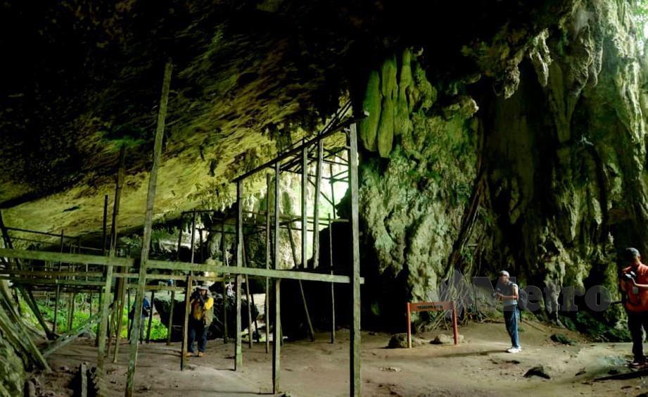 LOKASI penemuan 'Deep Skull' berusia 35,000 tahun di Gua Niah, Miri. FOTO Kandau Sidi