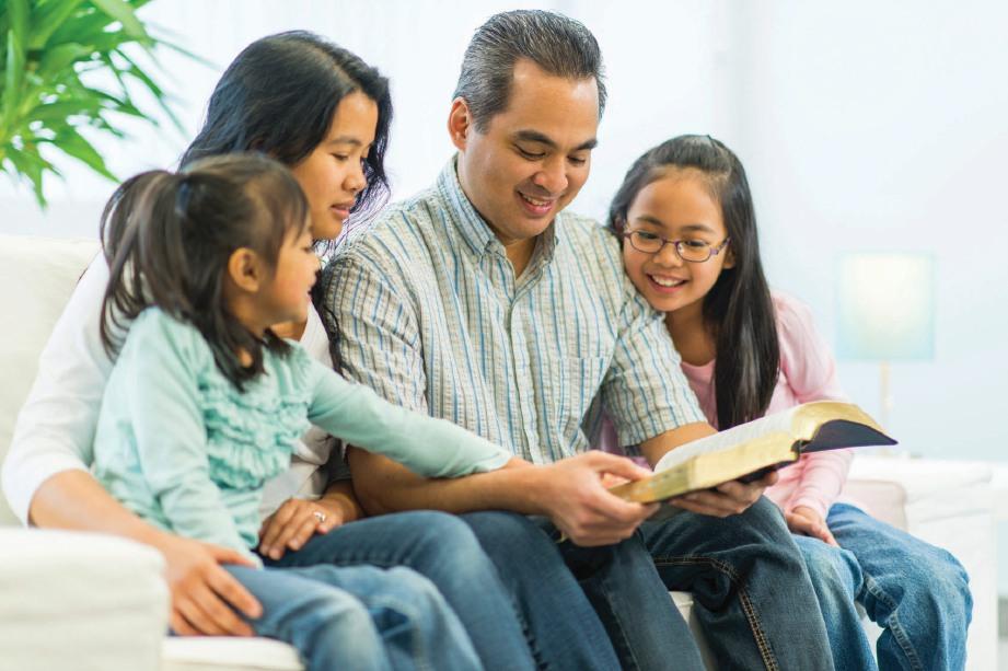 IBU BAPA perlu meluangkan lebih masa dengan anak.