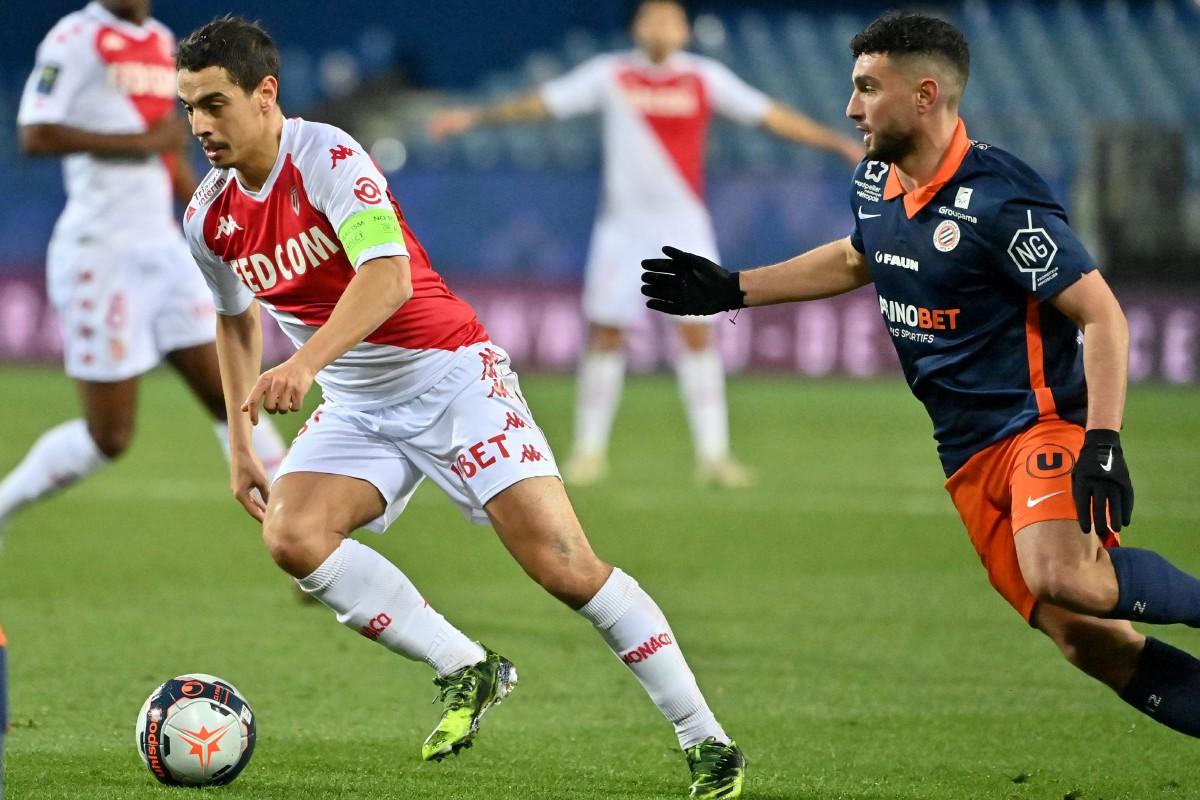 Penyerang Monaco, Wissam Ben Yedder (kiri) menjaringkan dua gol berdepan Montpellier pada aksi Ligue 1. FOTO AFP
