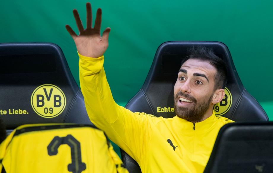 BORUSSIA Dortmund tukar fikiran untuk meminjam penyerangnya, Paco Alcacer dari Barcelona. FOTO AFP