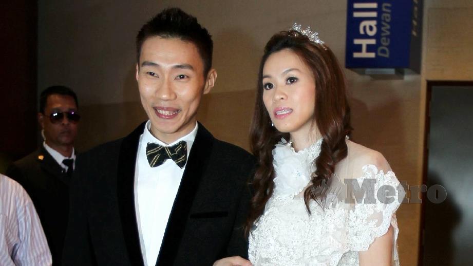LEE Chong Wei (kiri) dan Wong Mei Choo. FOTO arkib NSTP