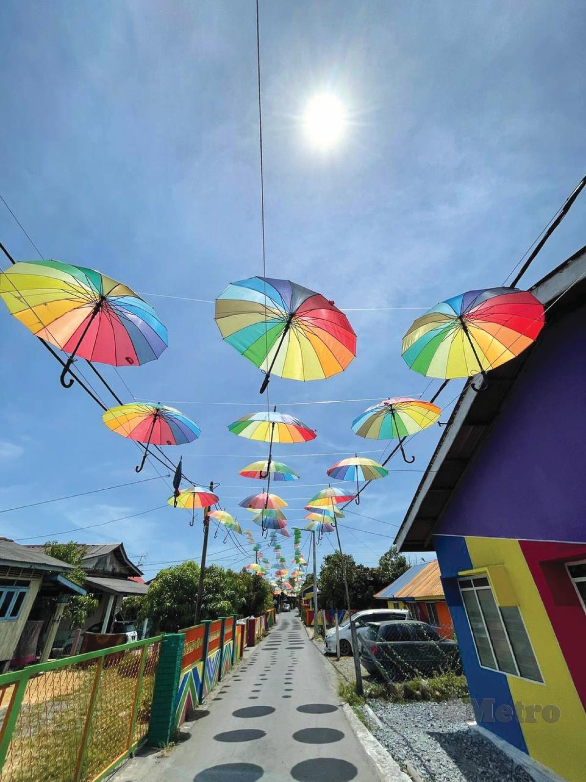 KAMPUNG Hujung Tanjung, Kuala Perlis yang berwarna-warni.