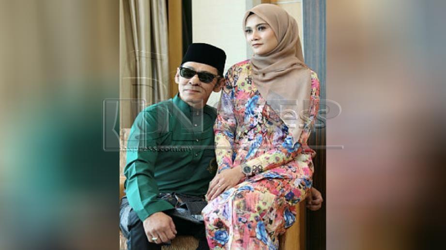 JAMAL bimbang dengan kesihatan isterinya, Zai Izzati yang keguguran. FOTO Rosela Ismail