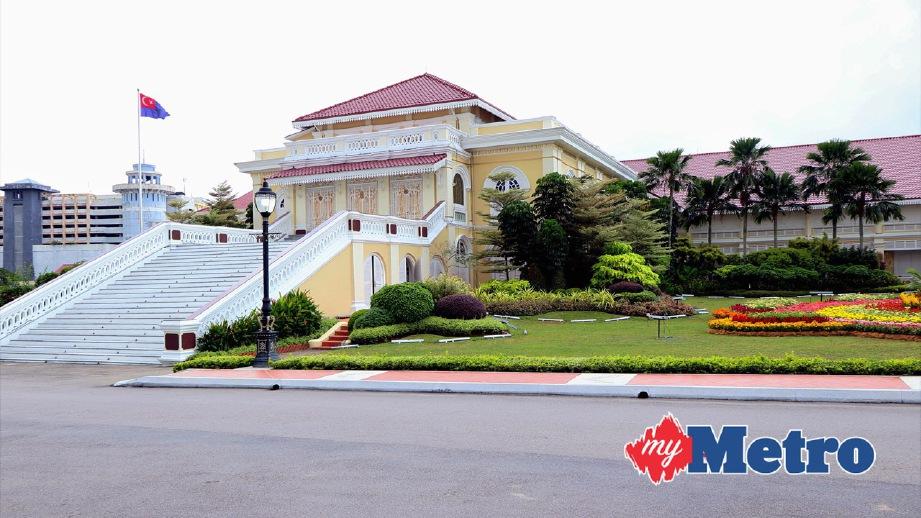 PEMANDANGAN Tangga Agung di Istana Besar Johor Bahru. FOTO ihsan Royal Press Office