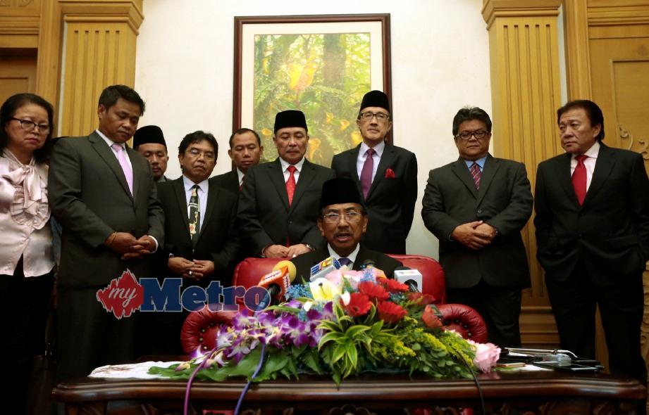 KETUA Menteri Sabah Tan Sri Musa Aman ketika sidang media di kediaman rasmi Ketua Menteri di Kota Kinabalu. FOTO Edmund Samunting