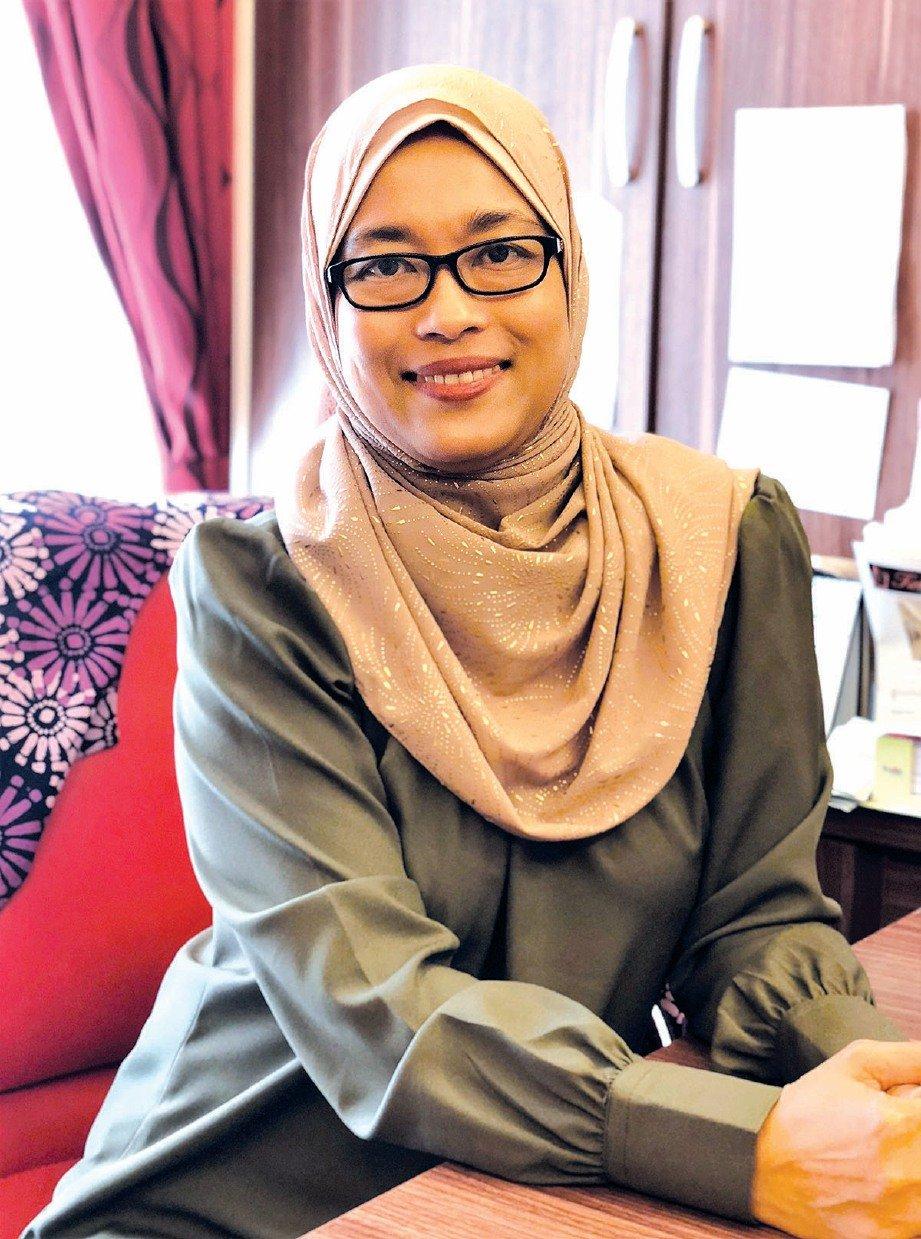 PAKAR perubatan, Dr Nurhalina Azly Minhat.