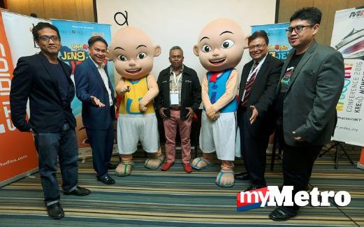 (DARI kiri) Pegawai Eksekutif Primeworks Studios,  Ahmad Izham Omar; Presiden Eksekutif Kumpulan KRU, Datuk Norman Abdul Halim; Burhanuddin;  Kamil dan Pengarah MDEC, Hasnul Hadi Samsudin pada sidang media. FOTO Rohanis Shukri