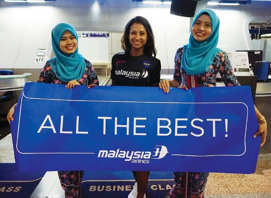 MENDAPAT tajaan daripada Malaysia Airlines. FOTO Ihsan Dr Aisyah Asmadi