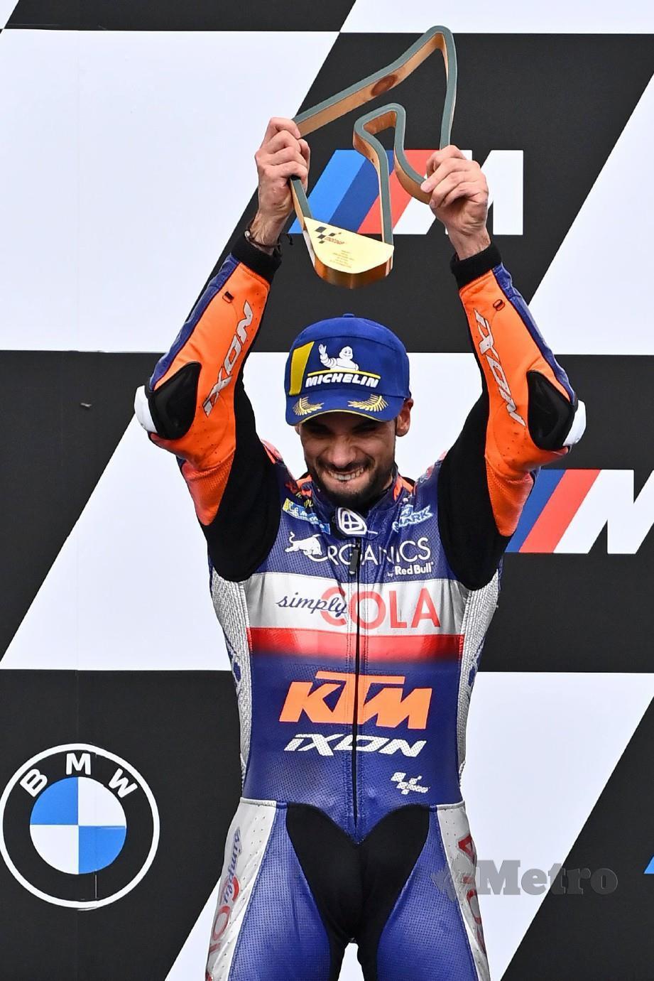 OLIVIERA menjadi pelumba Portugal pertama meraih kemenangan MotoGP. FOTO AFP