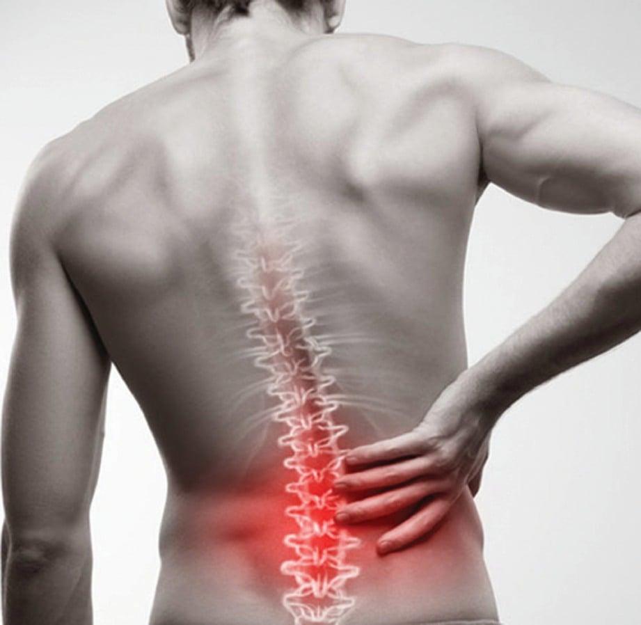 MASALAH sakit tulang belakang antara penyebab utama pekerja mendapatkan rawatan rehabilitasi.  FOTO Google