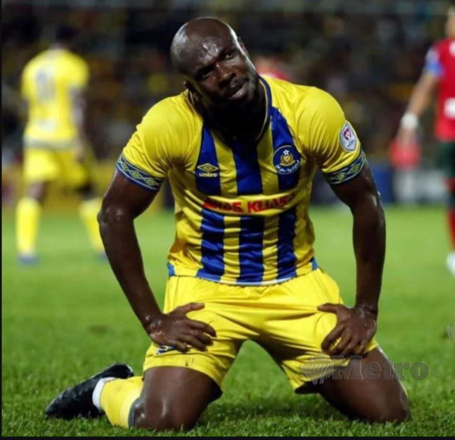 NWAKAEME membuktikan sentuhan jaringannya masih lagi berbisa apabila menjaringkan sebanyak 15 gol termasuk sembilan gol dalam saingan Piala Malaysia. FOTO NSTP