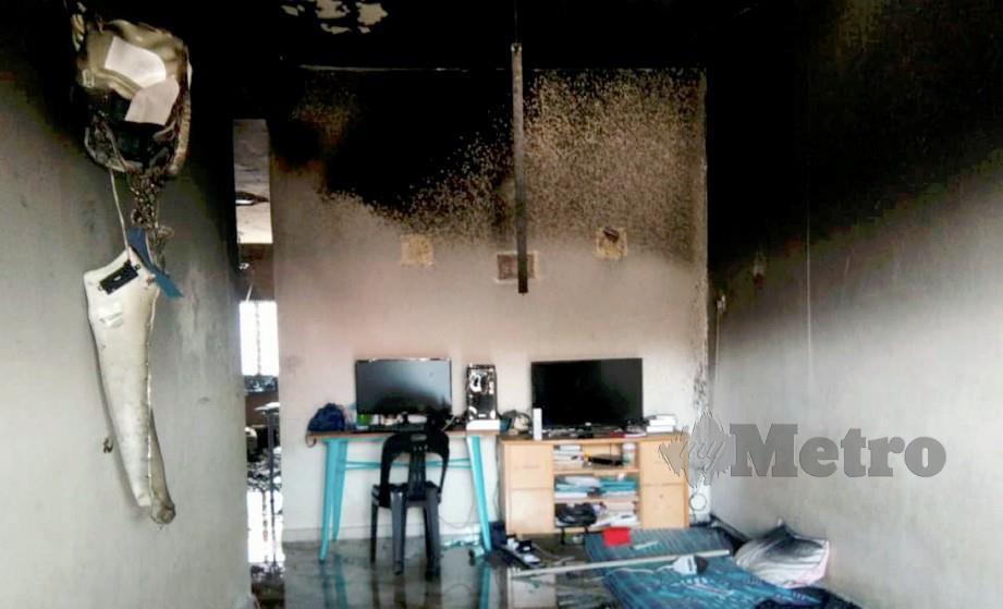 KEADAAN rumah yang terbakar sehingga mengorbankan warga emas OKU penglihatan akibat sesak nafas. FOTO Nor Farhani Che Ad