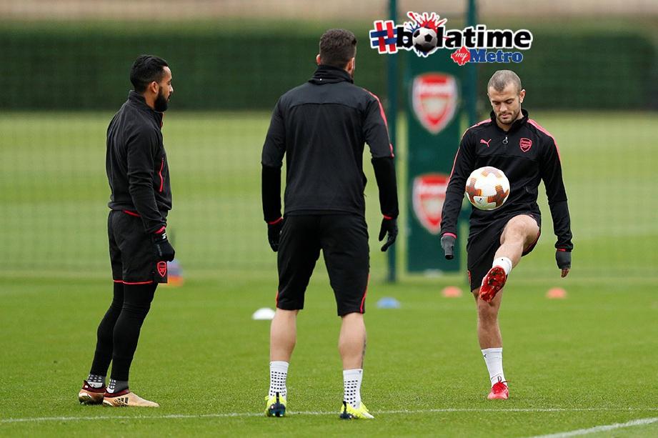 WILSHERE (dari kanan), Giroud dan Walcott masih diperlukan Wenger. FOTO/AFP