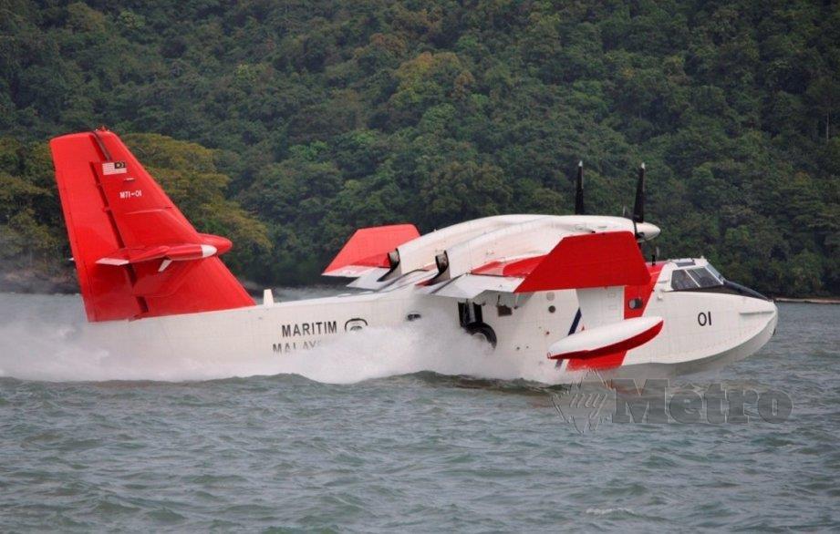 PESAWAT Bombadier CL-415 APMM. FOTO arkib NSTP/ihsan APMM