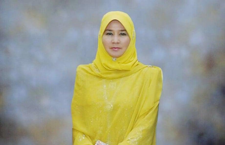 TUNKU Azizah Aminah Maimunah Iskandariah dimasyhurkan sebagai Tengku Ampuan Pahang. FOTO Ihsan Istana AbdulAziz