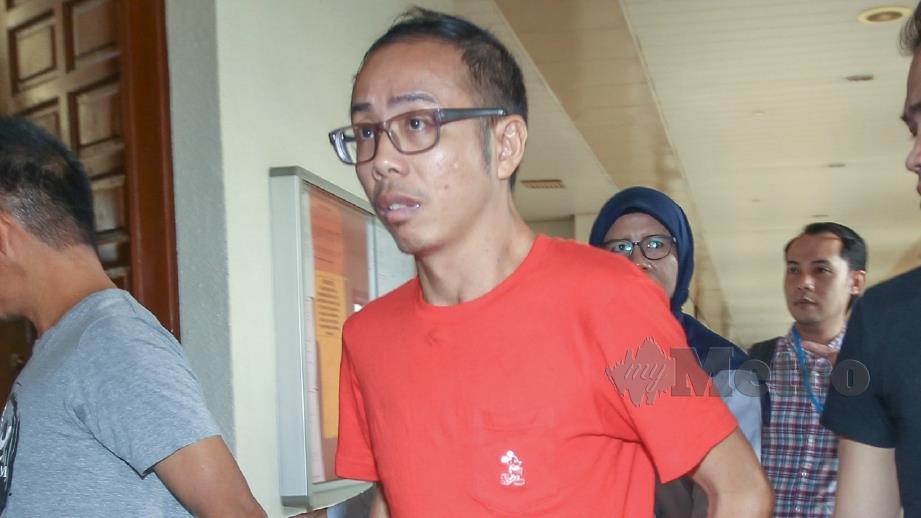 CHOW dijatuhi hukuman penjara 30 bulan selepas mengaku salah menghina Nabi Muhammad SAW, agama Islam dan kematian Muhammad Adib di Mahkamah Sesyen Kuala Lumpur. FOTO NSTP