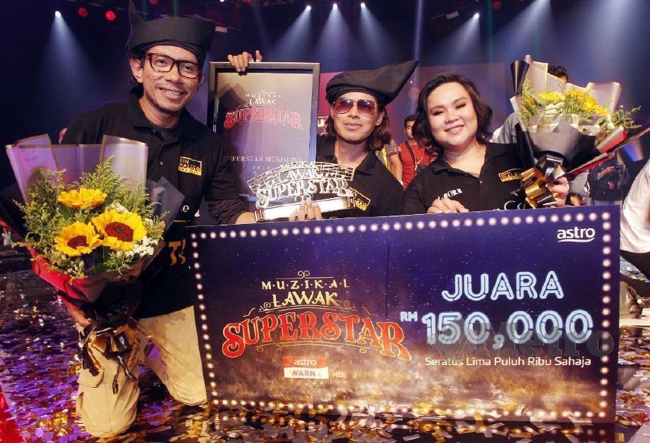 J Born Juara Muzikal Lawak Superstar Harian Metro
