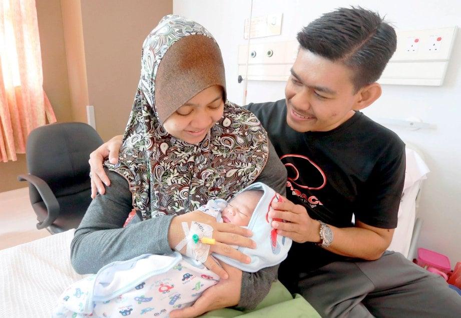 Syafaat anak kecil untuk ibu bapa | Harian Metro