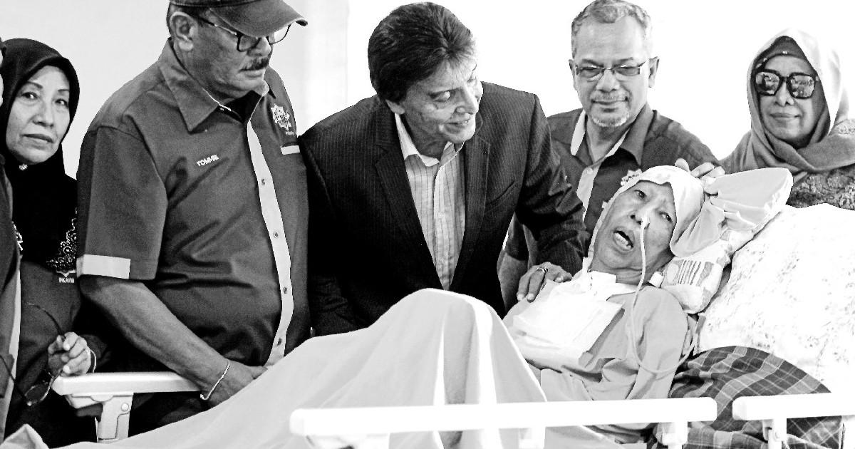 Tiga tahun koma, Sharifah Aminah meninggal dunia