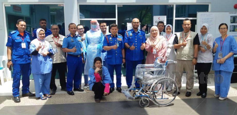 Datuk Roslan Wahab melawat proses Home Surveillance Centre (HSC) di Akademi Kepimpinan Pengajian Tinggi (AKEPT) Nilai, Negeri Sembilan tadi.