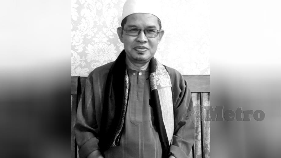 ALLAHYARHAM Mohd Rawi meninggal ketika sedang mengimamkan solat subuh di Masjid Sultan Abu Bakar. FOTO Roselan Ab Malek
