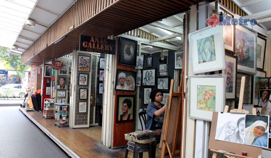 ART Lane di Pasar Seni boleh memuatkan 15 pelukis dalam satu-satu masa. FOTO Nik Hariff Hassan