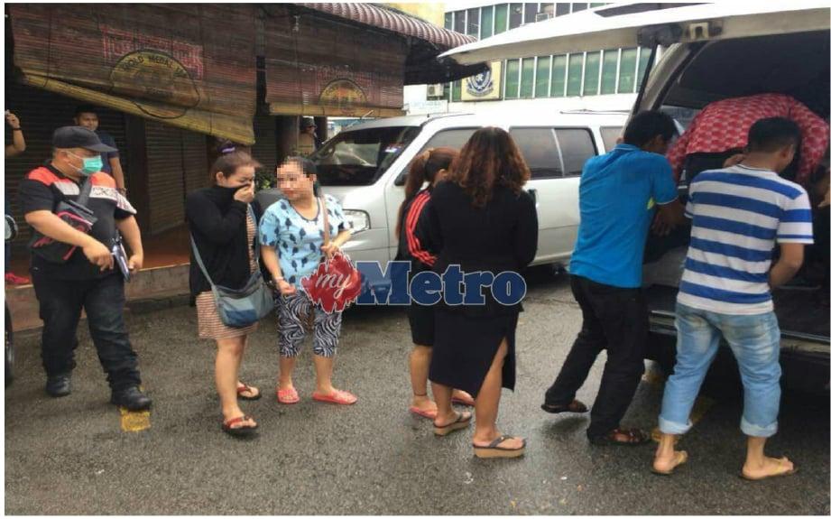 Antara wanita yang ditahan dipercayai pelacur di Sungai Petani. FOTO Aizat Sharif