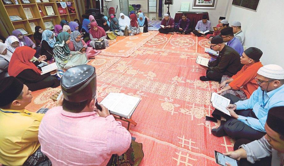 SESI tazkirah bertujuan mendidik jiwa anggota kelab kembali ke jalan diredai Allah.