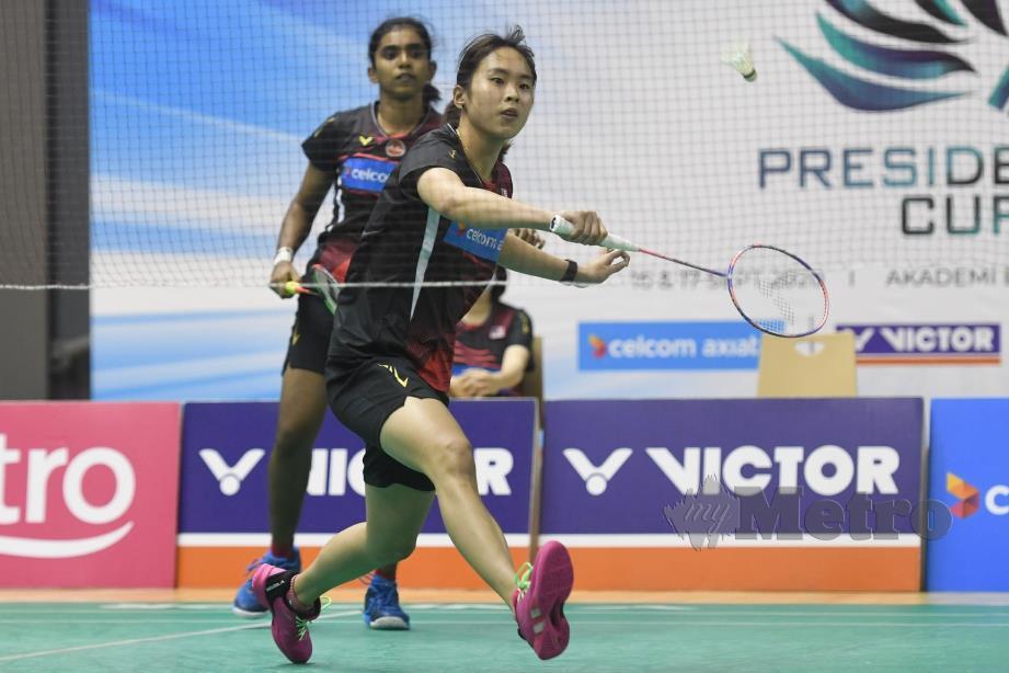 Thinaah-Pearly Tan meraih mata kemenangan selepas menewaskan Toh Ee Wei-Yap Ling  21-17, 21-15.
