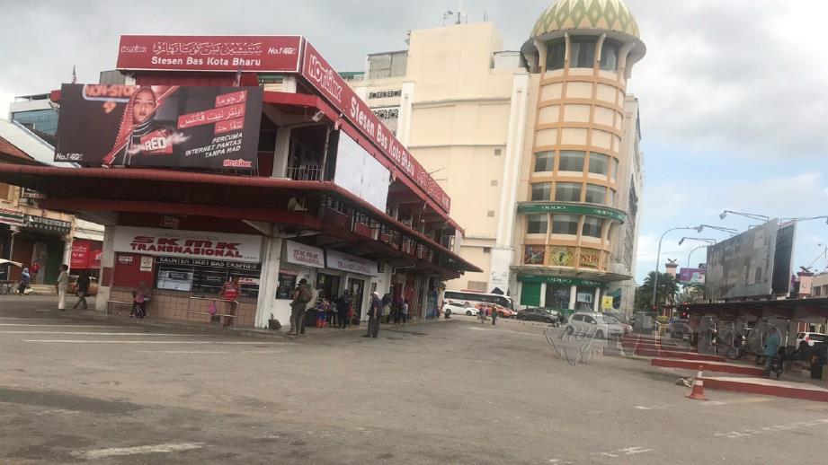 KEADAAN sekitar stesen bas Kota Bharu yang lengang. FOTO Hazira Ahmad Zaidi.