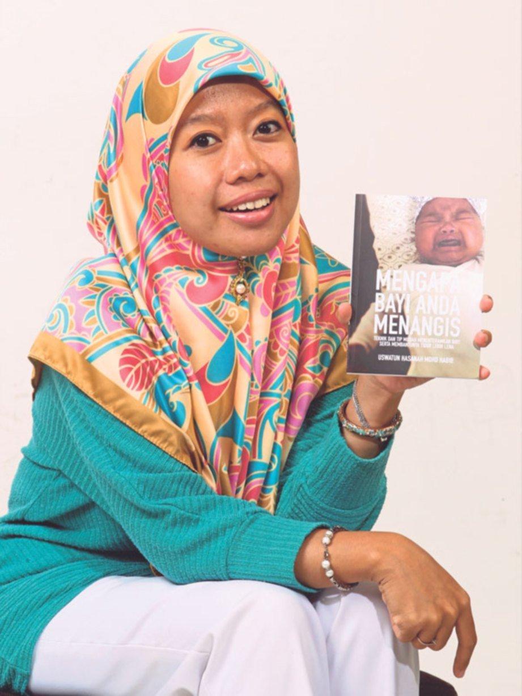BUKU yang diterbitkan untuk berkongsi maklumat mengenai tangisan bayi dan teknik mententeramkan si kecil.