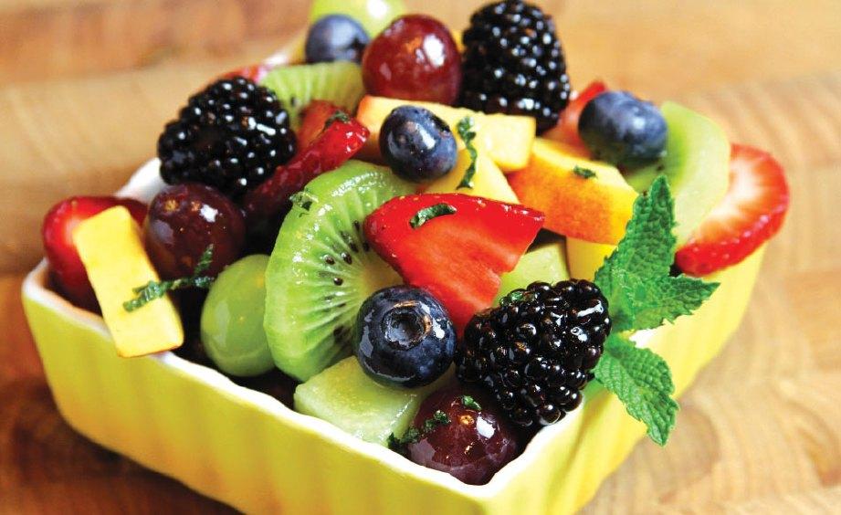 DIET sihat untuk jantung perlu seimbang dan kaya pelbagai khasiat.