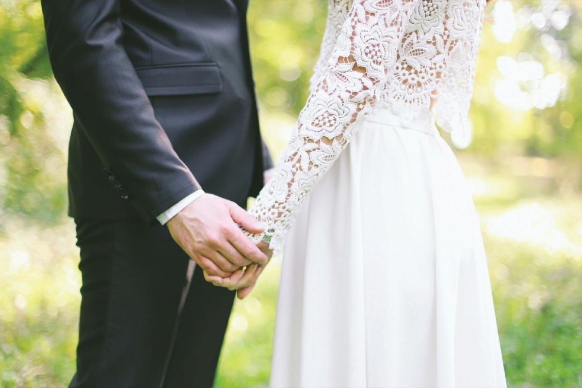 MEMILIKI kediaman sebelum berkahwin dapat menyediakan keperluan kepada bakal isteri.