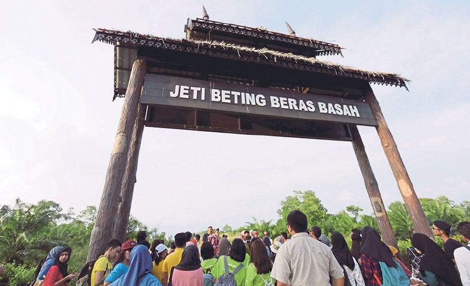 Misteri betting beras basah perak malaysia horserace betting levy board codes of practice