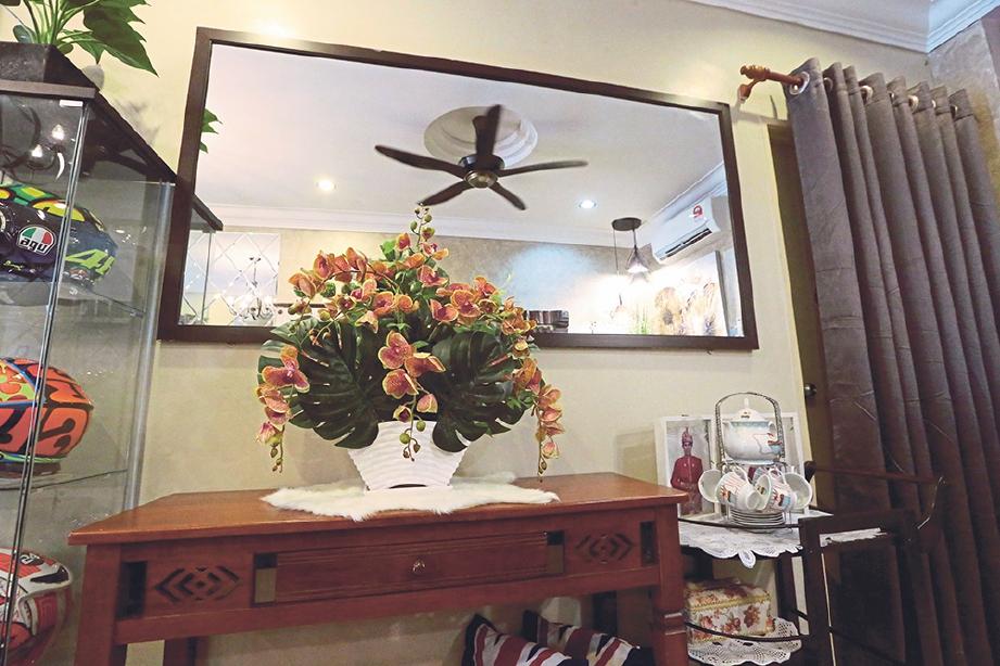 35 Trend Terbaru Dekorasi Cermin Di Ruang Tamu Fatiha Decor