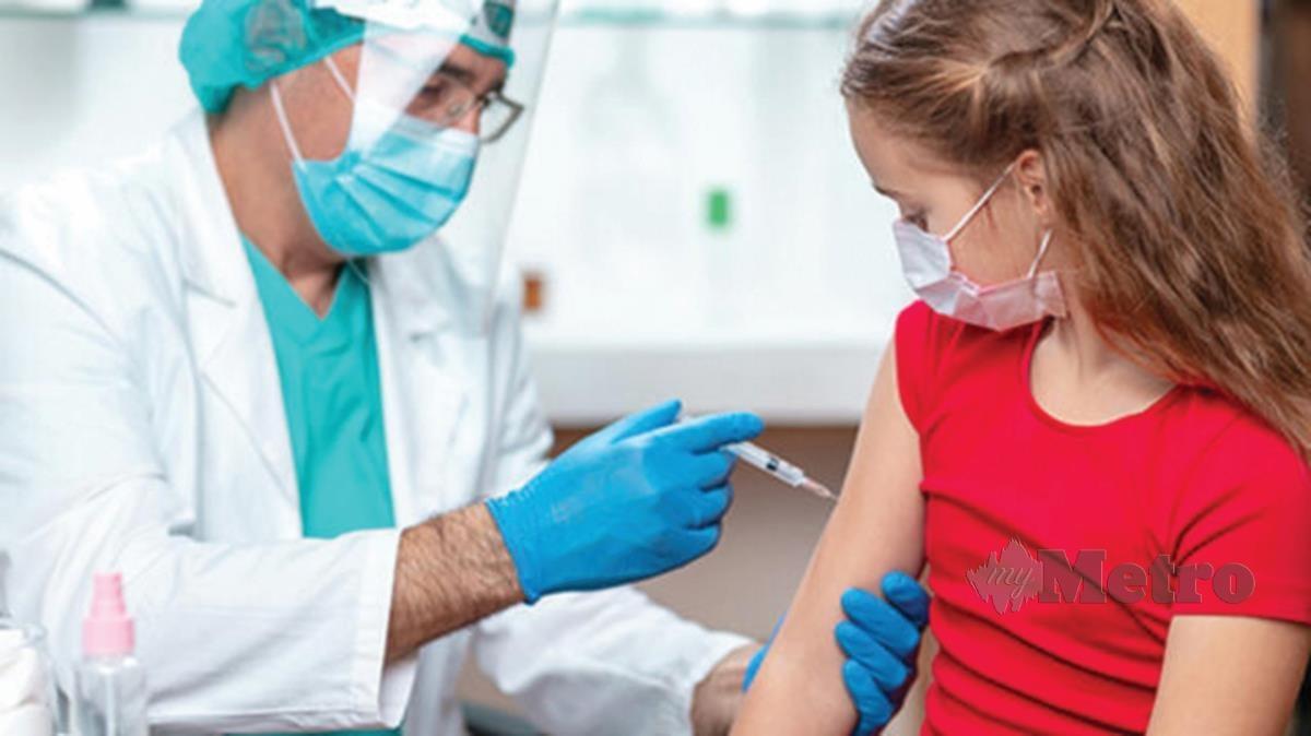 BAYI dan kanak-kanak perlu diberikan vaksinasi mengikut jadual imunisasi ditetapkan.