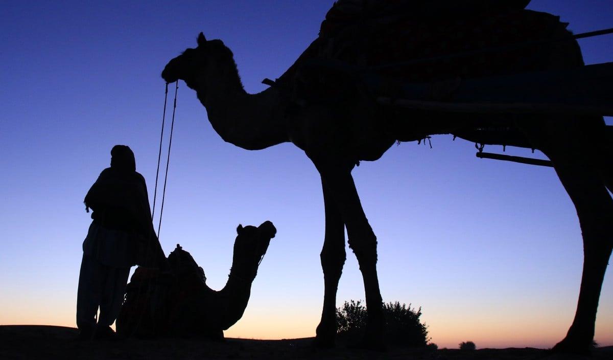 UMAT Islam wajar meneladani sifat dan kualiti personaliti yang ada pada watak-watak utama di dalam peristiwa hijrah Rasulullah SAW. FOTO AFP