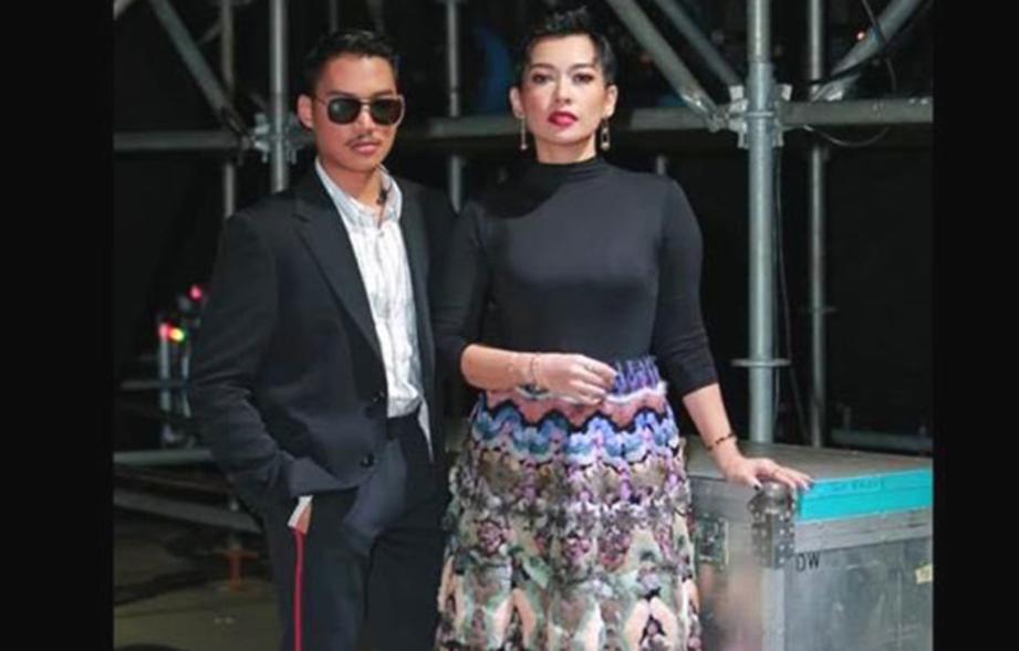 MISHA Omar dan Hael Husaini menerusi lagu Rewrite The Star di Anugerah MeleTOP Era2019.