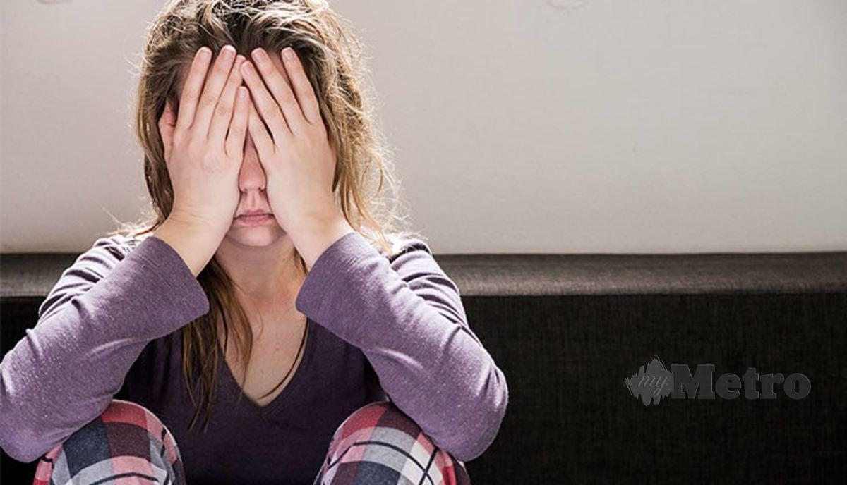 REMAJA tertekan sering diejek.