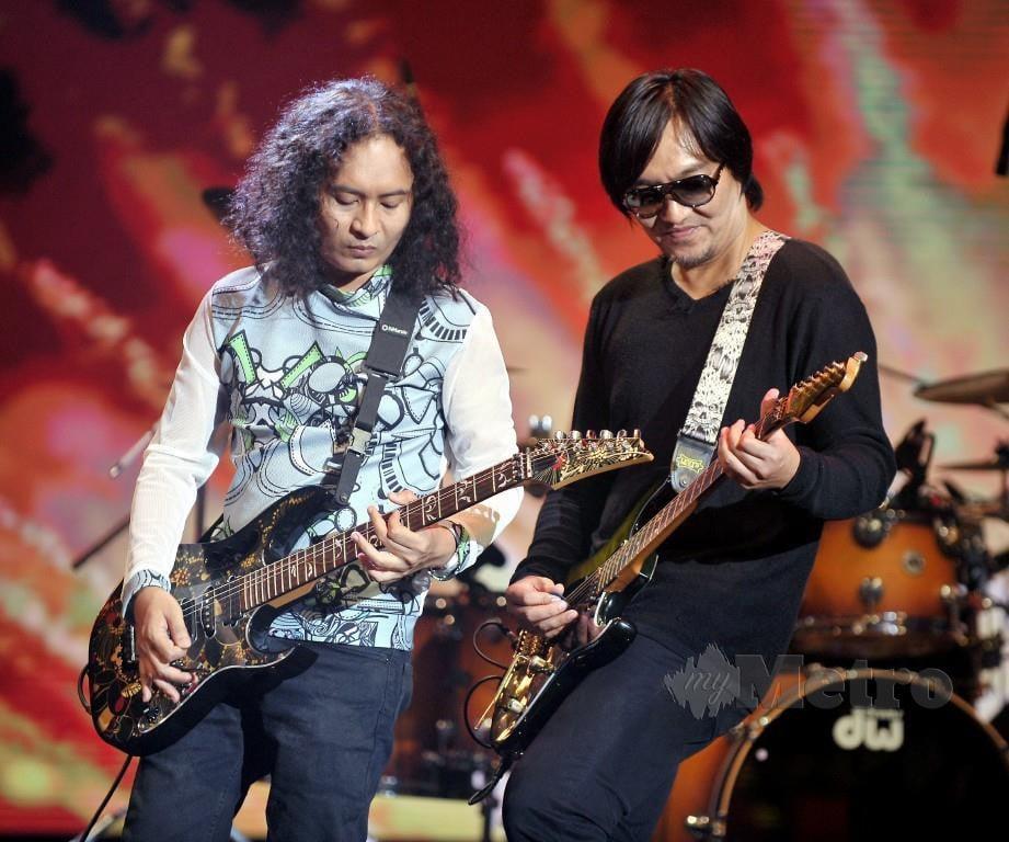 ALONG dan Shah pada konsert Exists Reunion di Auditorium, Angkasapuri RTM. FOTO/KHAIRUL AZHAR AHMAD