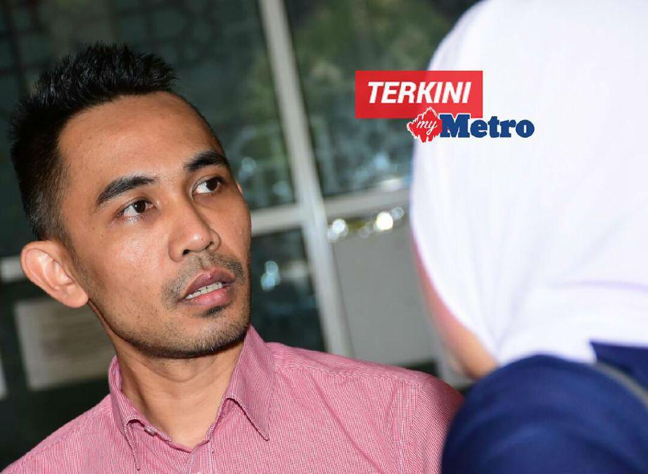 Hafiz hadir ke mahkamah bagi memfailkan perceraian perkahwinannya bersama Joy Revfa. FOTO Mohd Asri Saifuddin