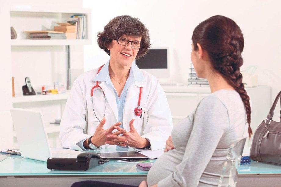 SEGERA bertemu doktor sekiranya mula mengalami tanda kesihatan tidak baik.
