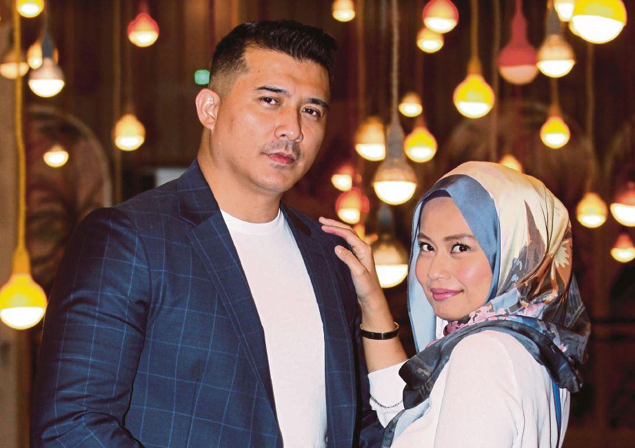 PELAKON, Aaron Aziz bersama isteri, Diyana Halik. FOTO Eizairi Shamsudin