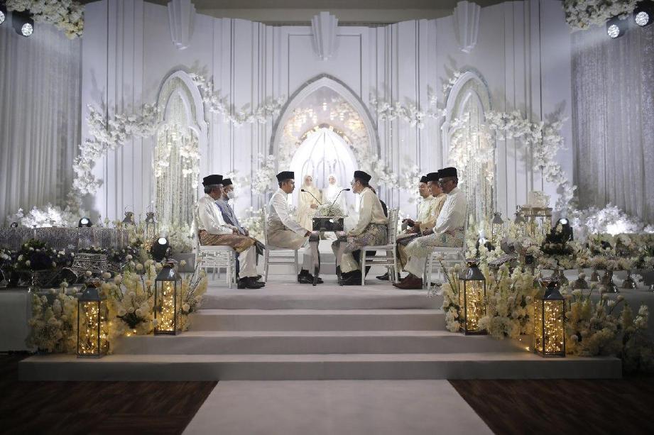 MAJLIS akad nikah Mira Filzah yang diadakan di Sime Darby Convention Centre, Kuala Lumpur. FOTO Media Prima