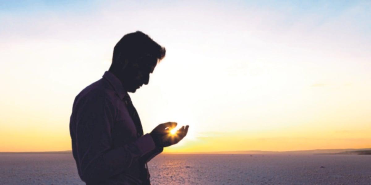 SESEORANG Muslim yang memiliki keyakinan muktamad di dalam hatinya maka dia dikira sudah beriman kepada sifat-sifat Allah yang Maha Agung.
