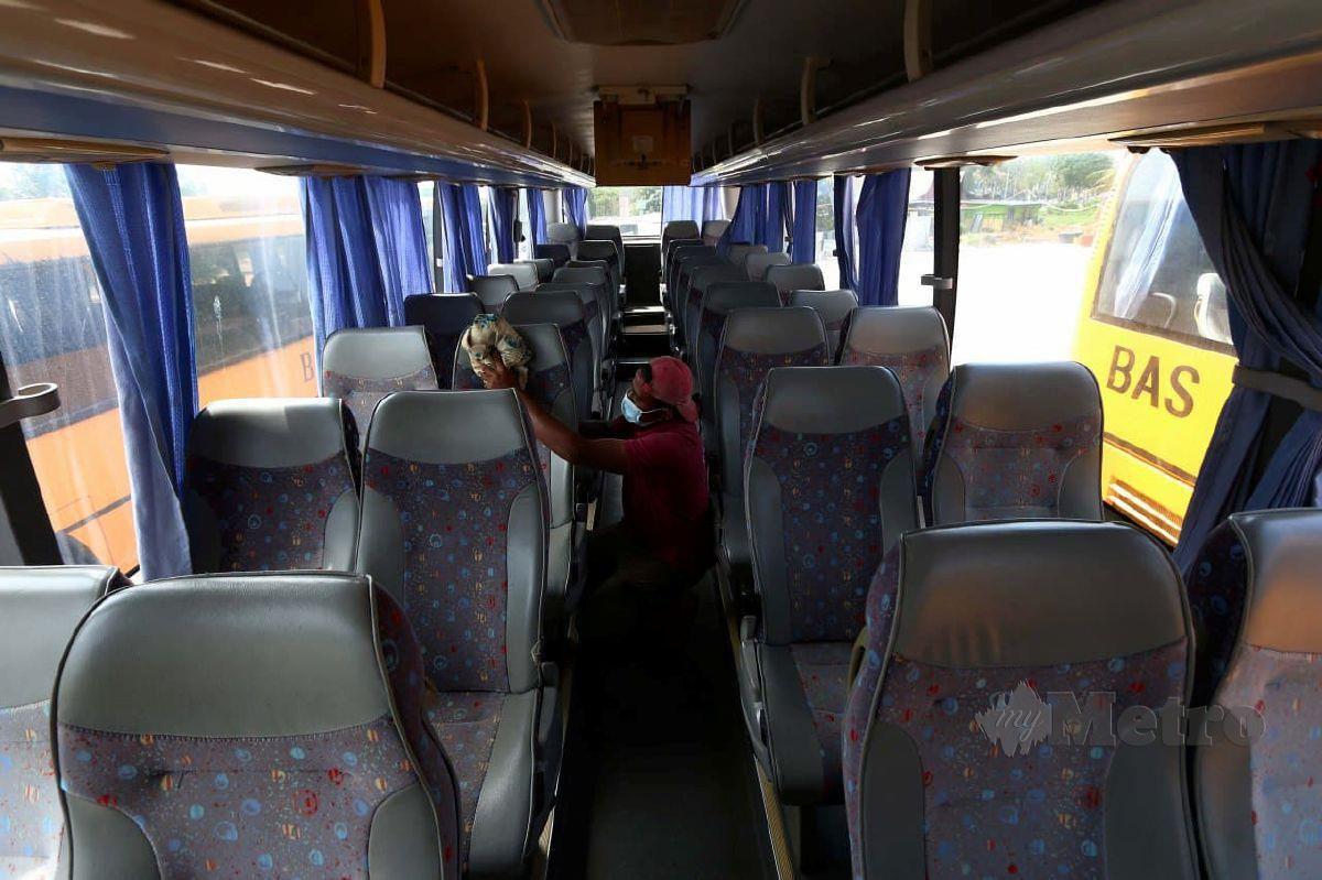 PENGUSAHA bas sekolah. FOTO arkib NSTP