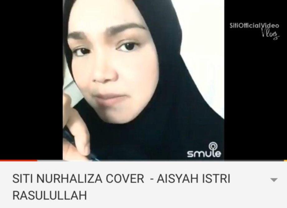 PENYANYI, Datuk Seri Siti NurHaliza.