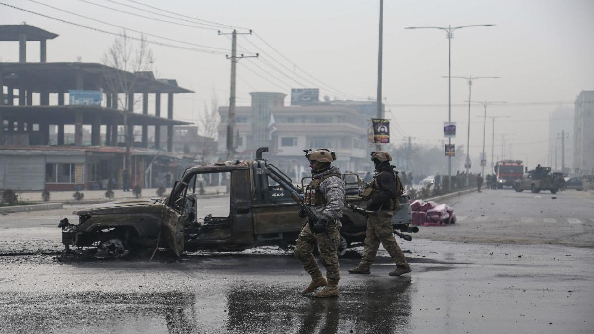 KEJADIAN letupan bom yang membunuh 8 individu dan 15 cedera Ahad lalu di Kabul. FOTO AFP