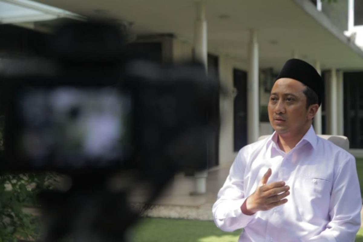 Pendakwa terkenal Indonesia, Yusuf Mansor dikecam netizen kerana memilih penderma darahnya daripada orang soleh saja.