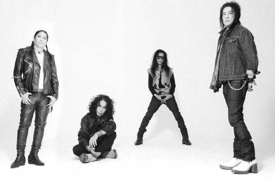 ALBUM terbaru kumpulan rock legenda, Search iaitu Katharsis.